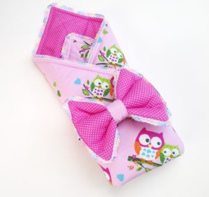 розовое одеяло с совами